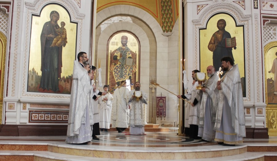 Великая суббота в Кафедральном соборе Христа Спасителя